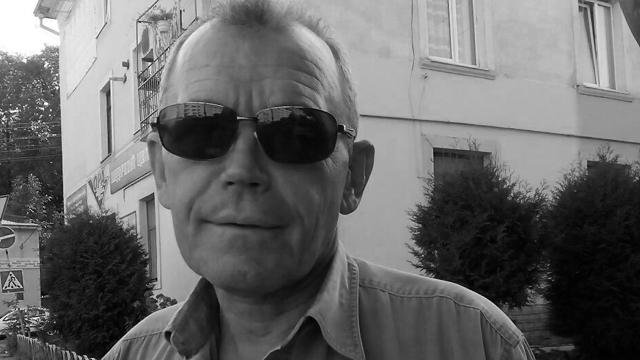 Тіло залишили на цвинтарі: на Львівщині знайшли вбитим зниклого таксиста