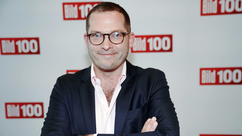 Через звинувачення у булінгу: шеф-редактора газети Bild відсторонили від посади