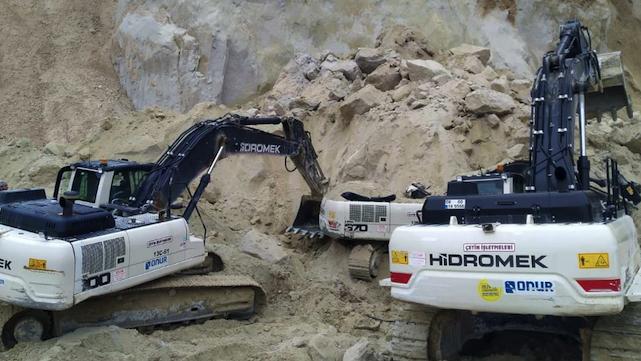 На Львівщині в кар'єрі стався зсув – водій екскаватора загинув під піском