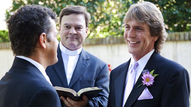 Католицька церква не благословлятиме одностатеві шлюби – Ватикан