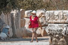 В Греции из компании Mouzenidis Travel застряли украинцы: МИД помогает им вернуться