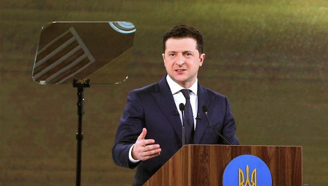 Зеленський ввів у дію санкції проти 19 компаній, які користувалися надрами України