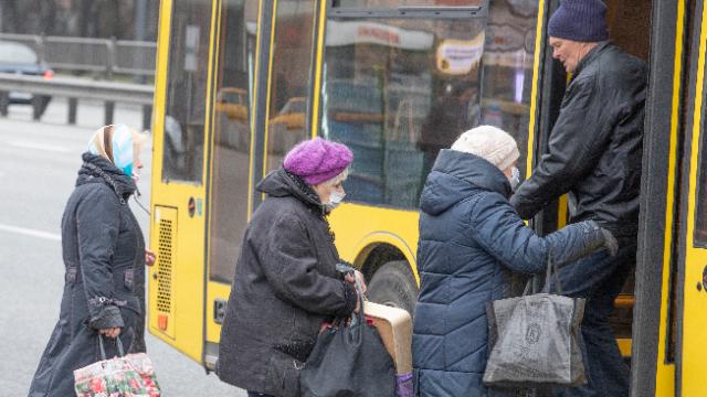 карантин, київ, транспорт, коронавірус, автобус, тролейбус