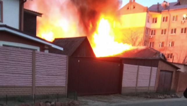 У Коцюбинському на Київщині сталася масштабна пожежа