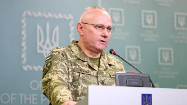 Ніякого наступу, тільки захист: Хомчак відкинув силове звільнення Донбасу