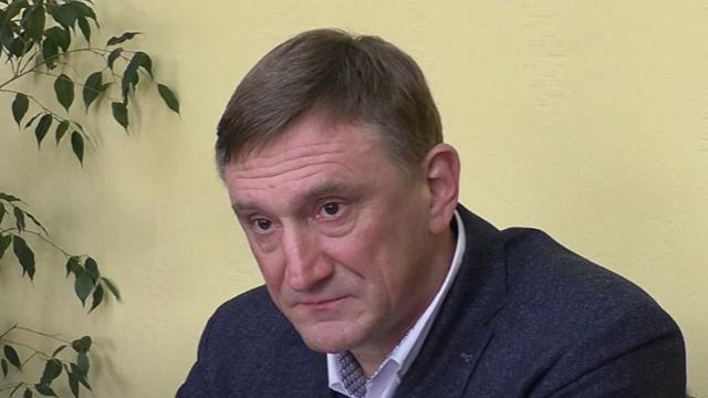 Звинувачення в сепаратизмі і ймовірне громадянство РФ: що відомо про Андрія Аксьонова