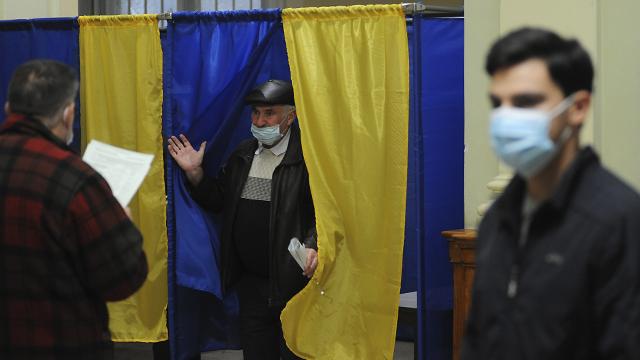 Довибори у Раду: на 50-му окрузі в Донецькій області перемагає Андрій Аксьонов