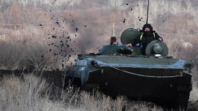 14 провокацій: внаслідок обстрілів на Донбасі поранено двох військових і одного цивільного
