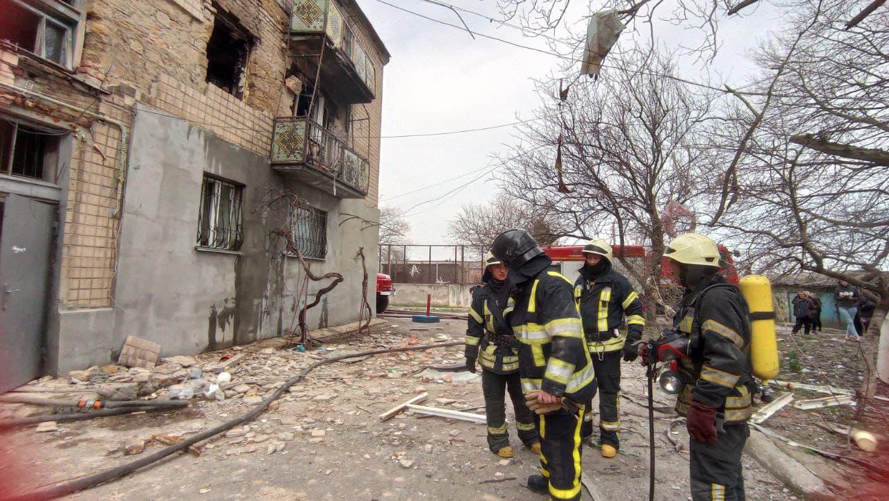 Вибух газу в Одесі: з пошкодженого будинку відселили 34 людини