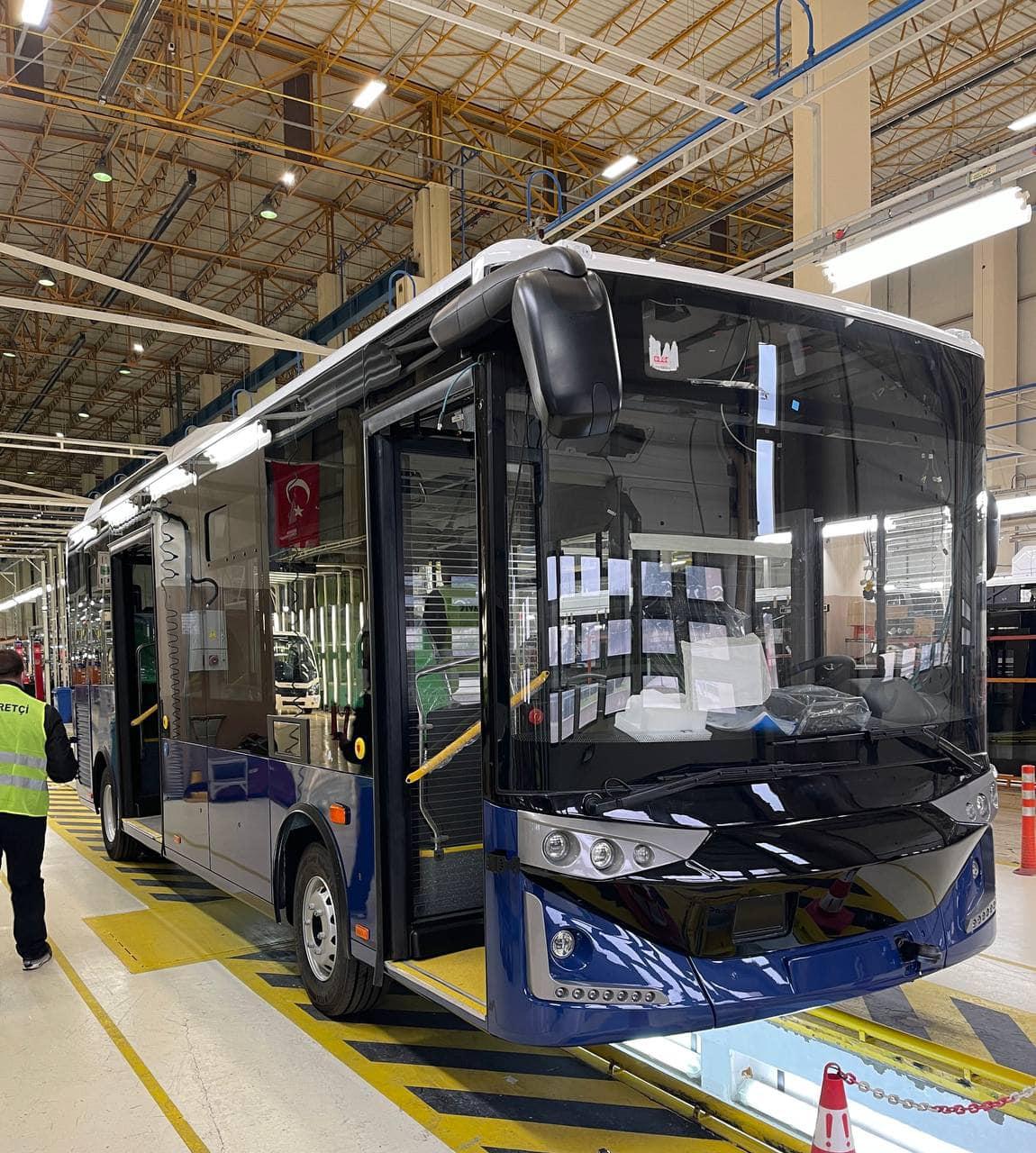 У Харкові стартувало масштабне оновлення громадського транспорту – Терехов