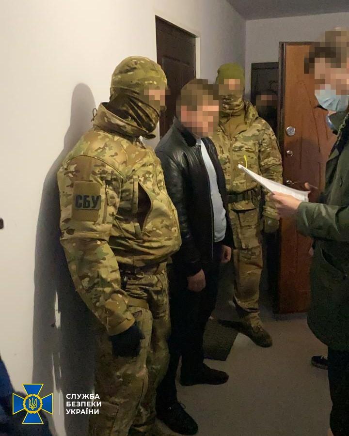 """СБУ викрила бойовика""""ЛНР"""", який працював в держорганах України"""
