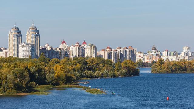 У Києві до кінця 2022 побудують два нових мости