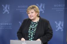 Святкувала 60-річчя з родичами: норвезького прем'єра оштрафували на $2,3 тис.