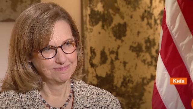 Без чесної позиції РФ прогресу на Донбасі не буде: ексклюзивне інтерв'ю Квін