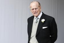 Величезні букети квітів і сотні людей: як Британія вшановує пам'ять принца Філіпа (ОНЛАЙН)