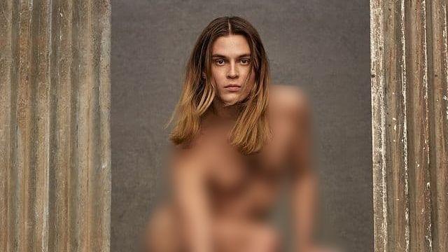 Оголений чоловік: нова рекламна кампанія будинку моди викликала суперечки у мережі