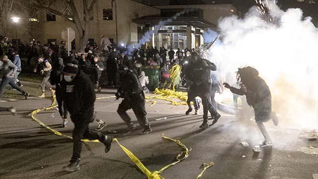 Протесты в Миннесоте