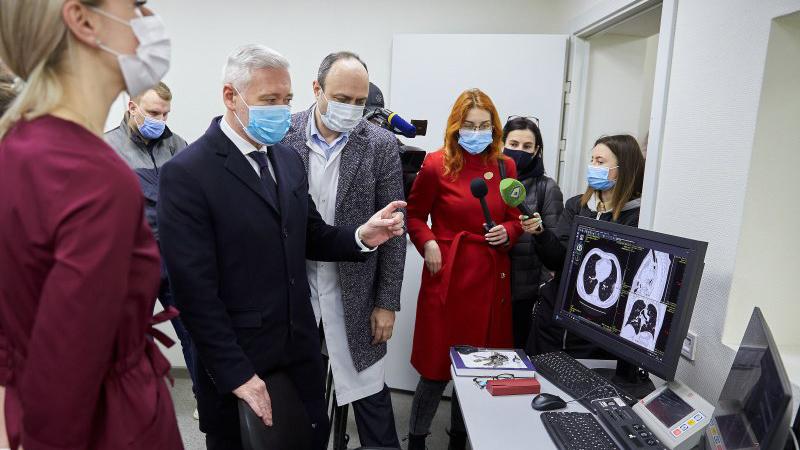 Терехов відкрив ще одне відділення для хворих на коронавірус у Харкові