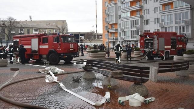 Пожежа в Одесі – із ЖК Апельсин евакуювали людей