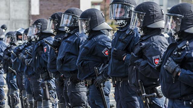 Планували вбивства політиків: у Німеччині розпочався суд над членами Gruppe S