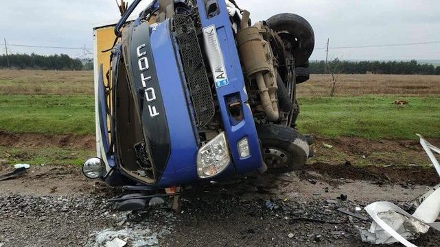 На Миколаївщині катафалк з померлими від Covid-19 зіткнувся з авто Укрпошти – є жертва
