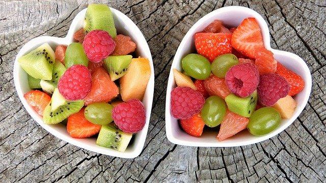 Які фрукти не можна їсти людям з діабетом – поради дієтолога