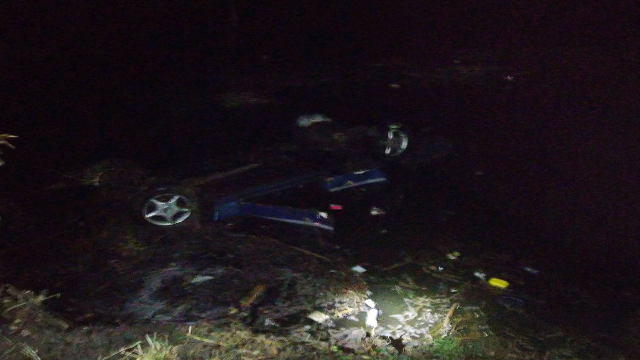 На Черкащині авто влетіло у ставок – троє чоловіків загинули