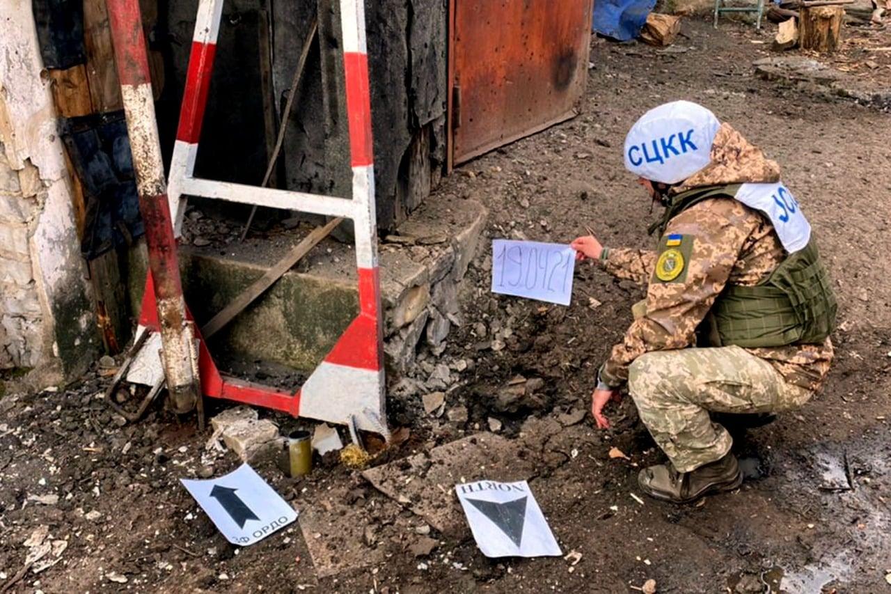 Бойовики мінують населені пункти на Донбасі забороненими боєприпасами – штаб ООС