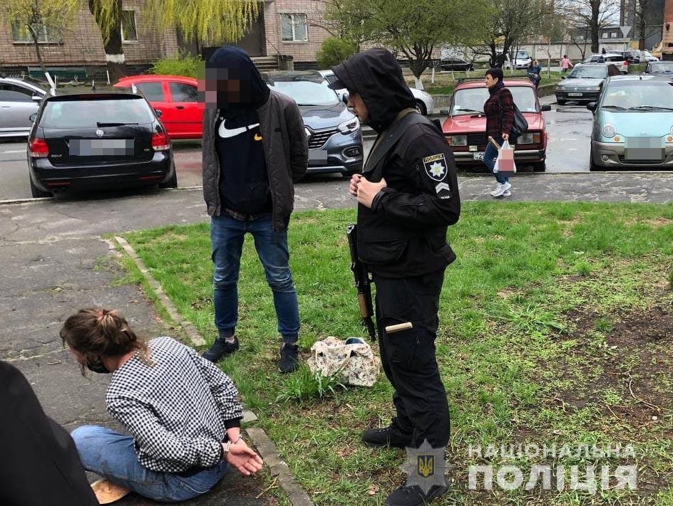 Поліціянтку побила в Рівненській області нетвереза жінка