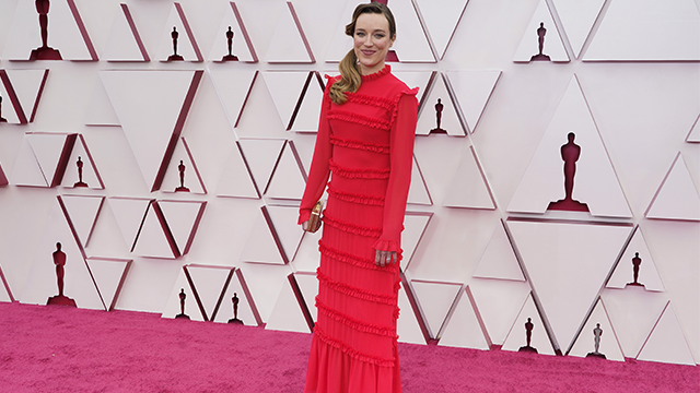 Худшие наряды красной дорожки Оскара 2021