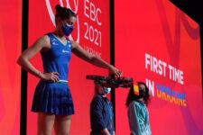 Медалі доставляли дронами. Як завершився Чемпіонат Європи з бадмінтону