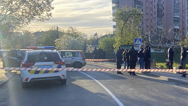 Ледь не вбив поліцейського і пошкодив три автівки – ДТП у Вишневому
