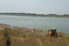В Індії на березі річки виявили тіла померлих від Covid-19