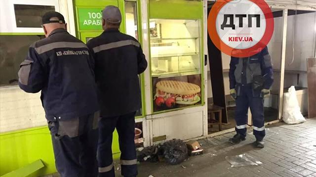 У Києві розчистили перехід біля метро Либідська від МАФів – ФОТО