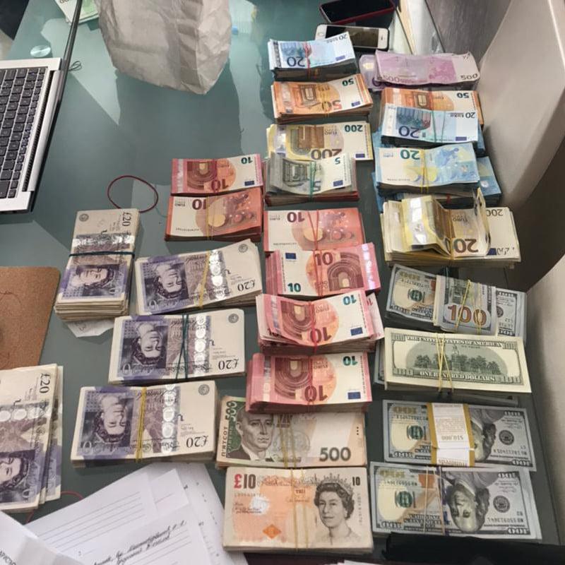 МАФи в метро Києва – викрили злочинну групу