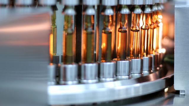 Патенти на Covid-вакцини: чи відмовляться від них виробники
