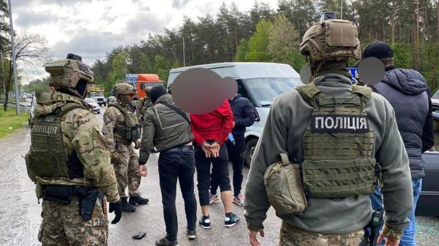 На трасі Київ-Житомир затримали членів злочинної групи