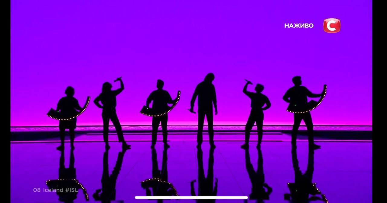 Исландия на Евровидении 2021: Daði og Gagnamagnið раскачали конкурс причудливыми танцами