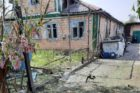 Донбас: бойовики РФ обстріляли цивільний будинок