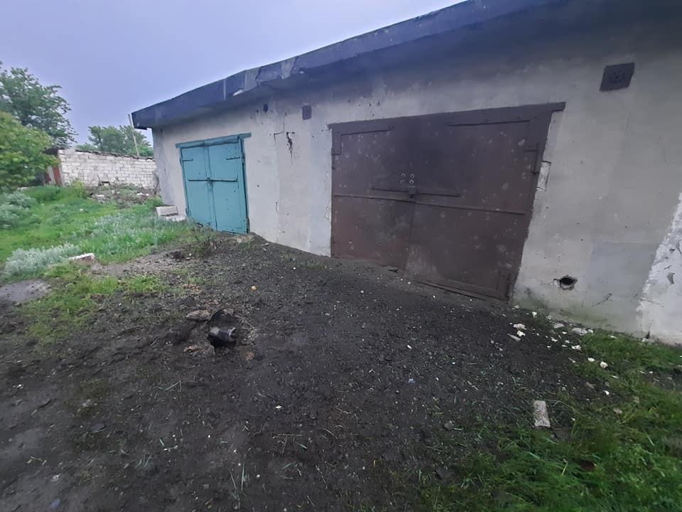 Обстріли на Донбасі: окупанти пустили дві ракети у селищі Північне