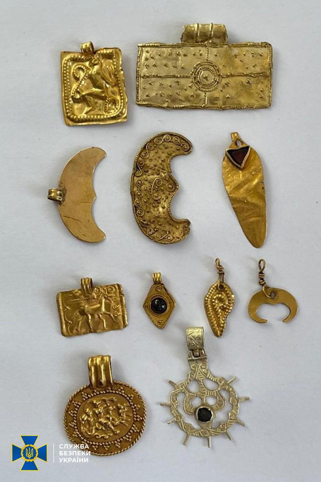 На замовлення клієнтів з Європи: з України намагалися вивезти скіфське золото