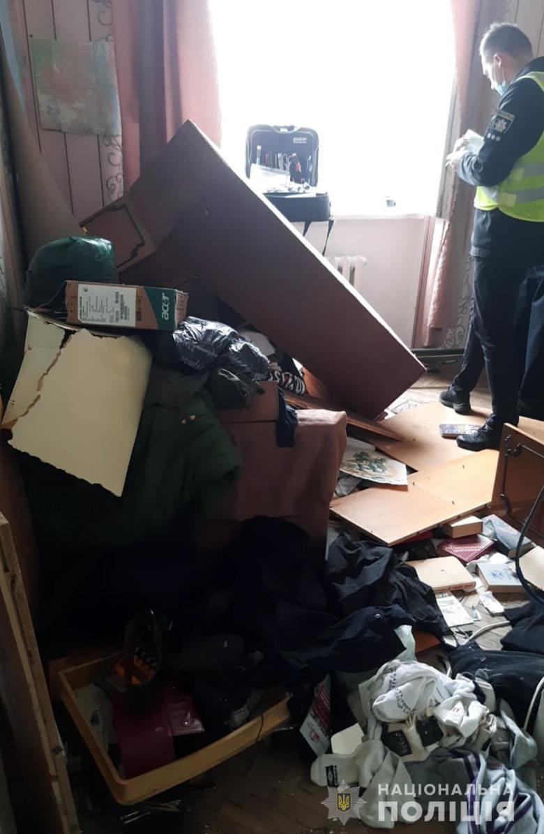 Стріляв у людей з вікна – в Києві затримали 30-річного чоловіка