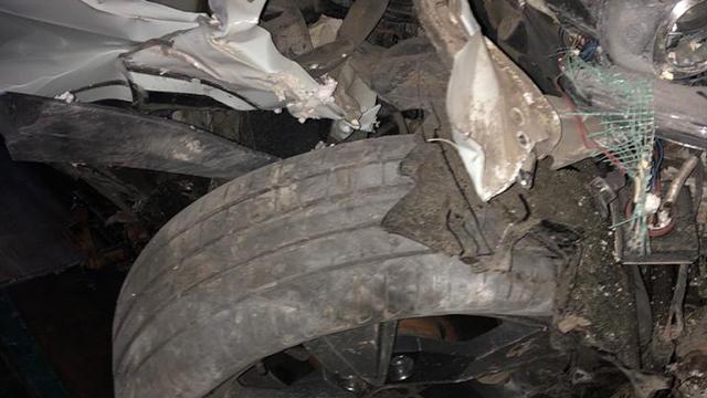На Львівщині п'яний водій протаранив стіну та двері супермаркета – ФОТО