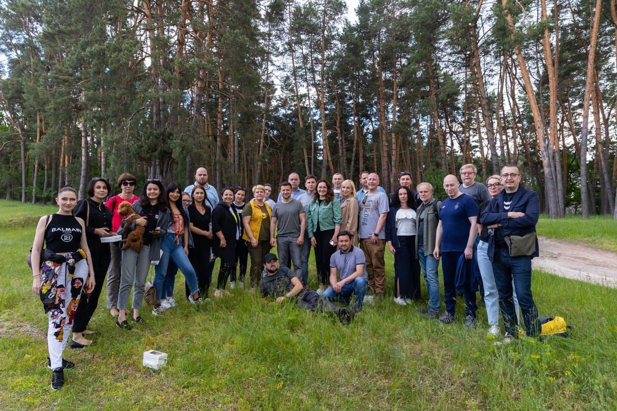 Ви робите Україну кращою: Зеленський привітав журналістів зі святом