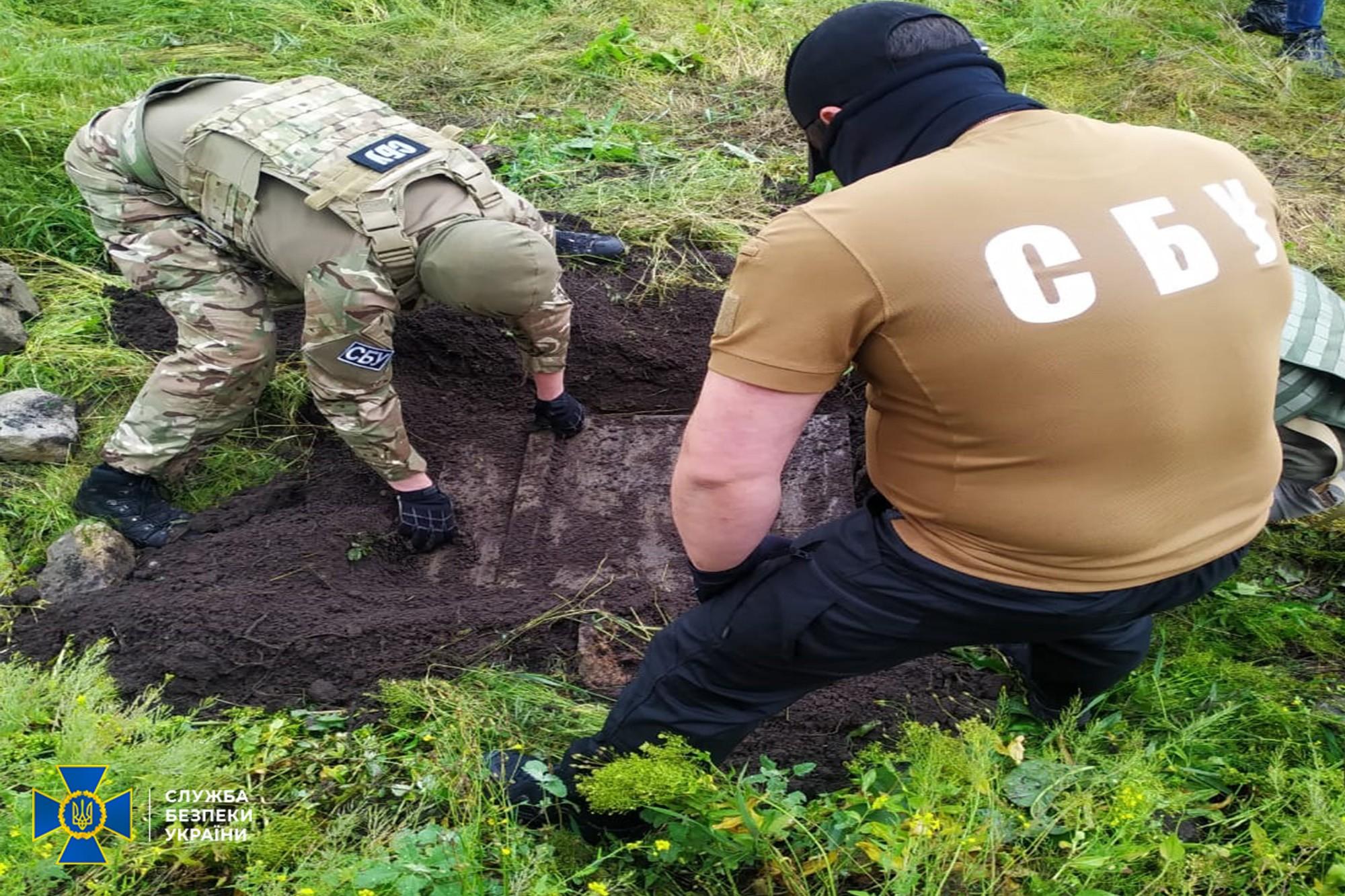 Cхрон з боєприпасами виявила СБУ в Донецькій області