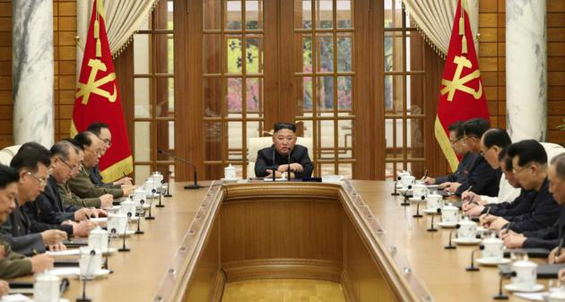 Кім Чен Ин помітно схуд: це викликало хвилю чуток про його здоров'я
