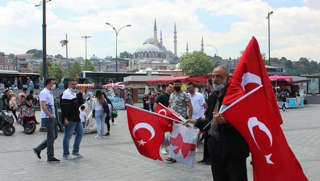 Без аll inclusive, но с аперолем в руке: как съездить в Стамбул за копейки