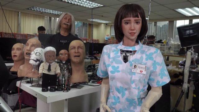 Гуманоид-медсестра и железный официант: где из-за Covid-19 роботы заменяют людей