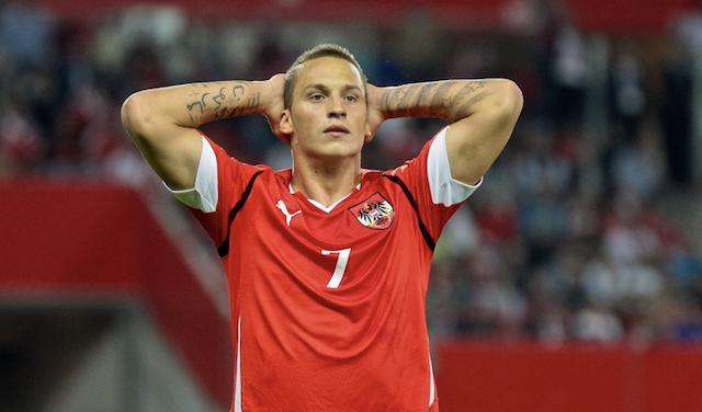 УЕФА дисквалифицировала нападающего соперника Украины на Евро-2020