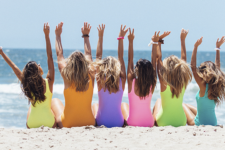Какие купальники носить этим летом: 5 модных моделей